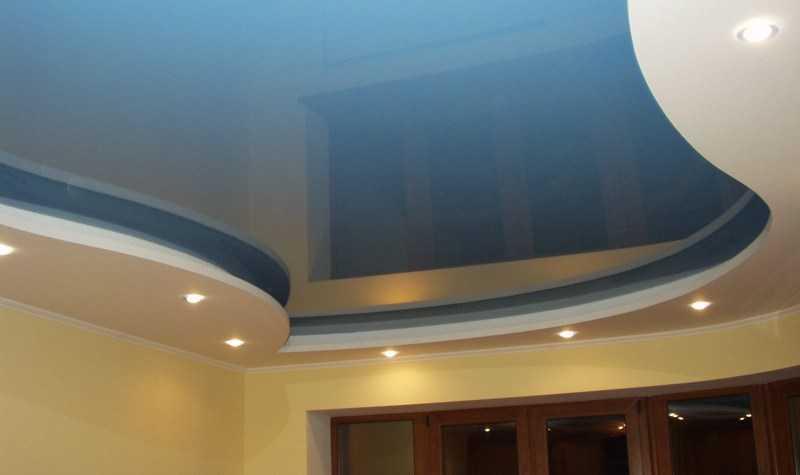 Как помыть натяжной потолок — подробная инструкция, как и чем помыть потолок без разводов