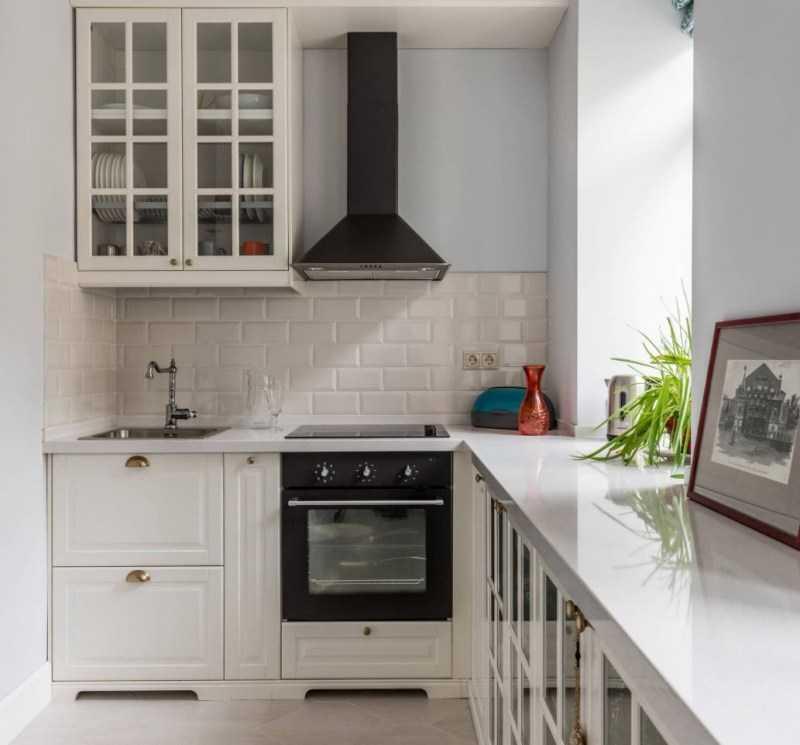 Кухня в хрущевке: варианты планировки и обустройства, идеи современного дизайна интерьера (фото + видео)