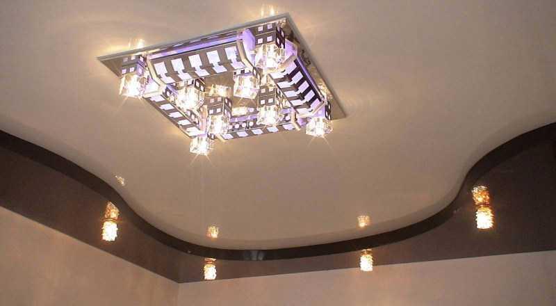 Потолок из гипсокартона на кухне: обзоры современных дизайнов, подсветка и обустройство + 110 фото стильных вариантов