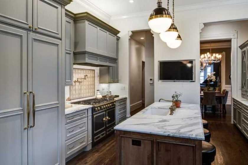 Телевизор на кухню — примеры идеального размещения маленького телевизора в интерьере кухни